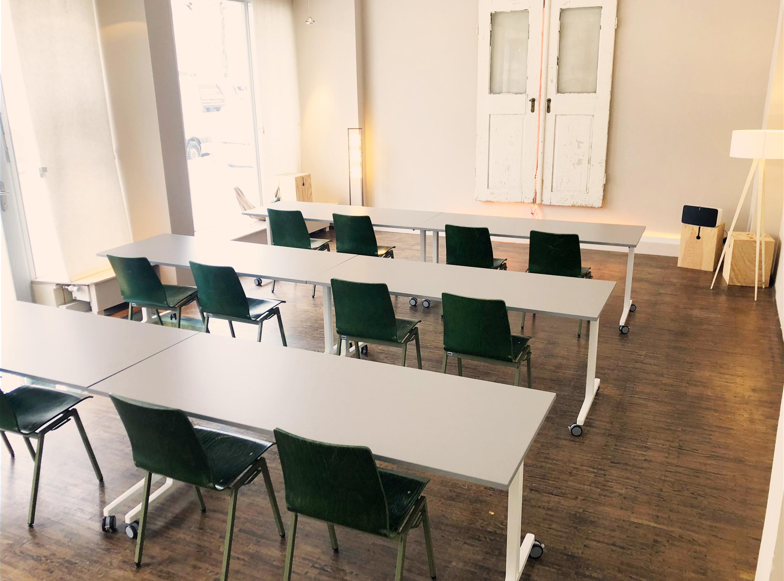 Seminarräume und Tagungsräume PARLAMENTARISCH Bestuhlt